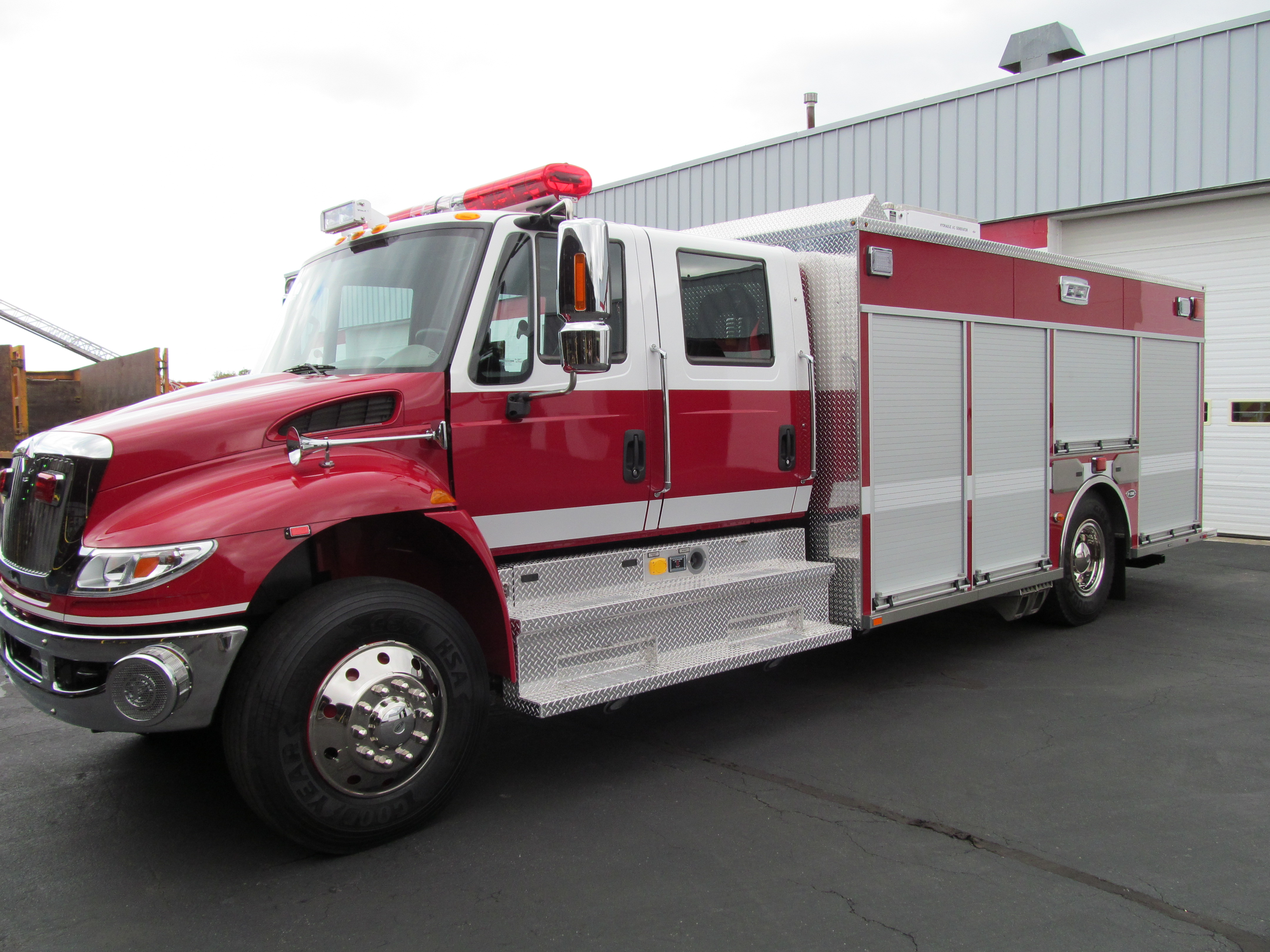 Saint Paul BLVD Fire Department - New Stainless Heavy Rescue