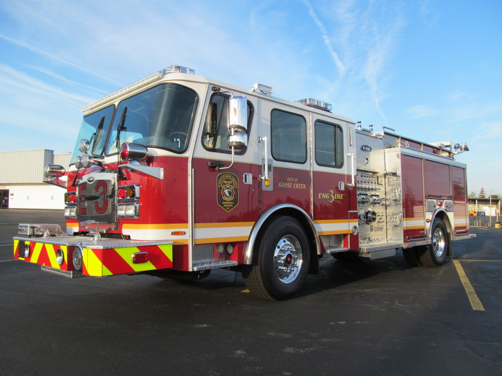 E-ONE Stainless Pumper - Goose Creek Fire Dept. (Driver Side)